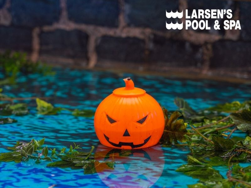 halloween-pool-party